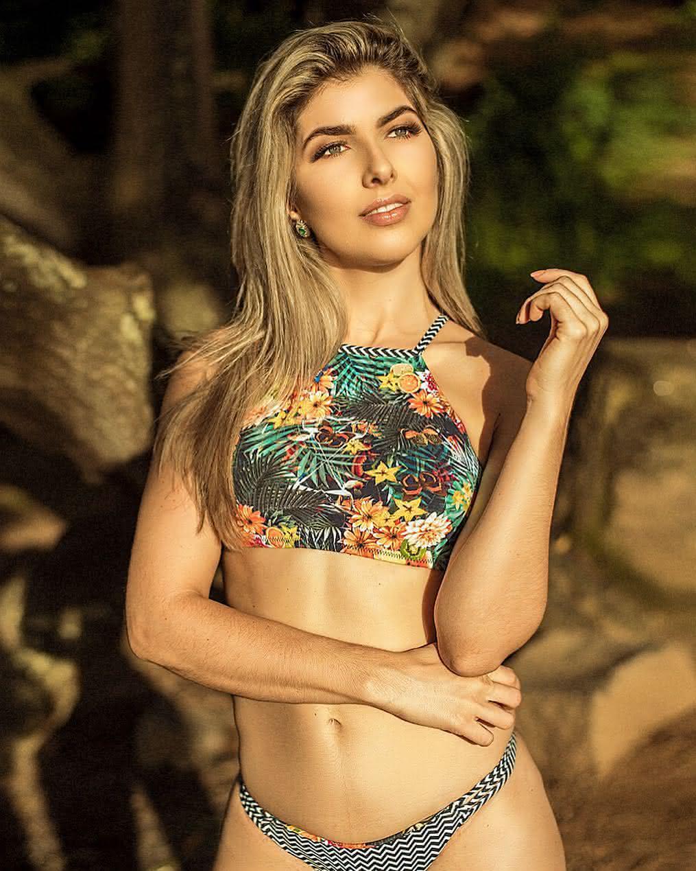 3fda60c07083 TENDÊNCIAS DE BIQUÍNIS VERÃO 2019 → Dicas Moda Praia, Novidades