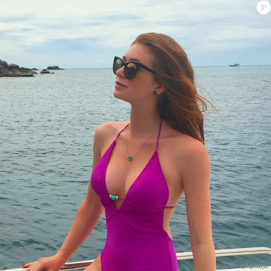 Moda Praia Feminina 2022 Maiô