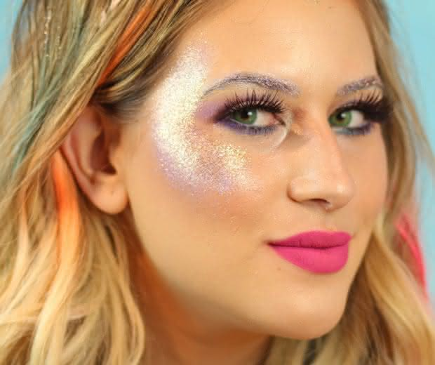 Resultado de imagem para maquiagem para carnaval iluminada