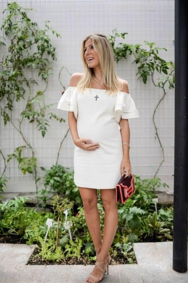 vestidos-simples-para-mulheres-gravidas