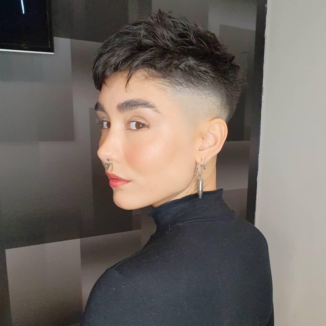 Corte curto para cabelo liso 2020