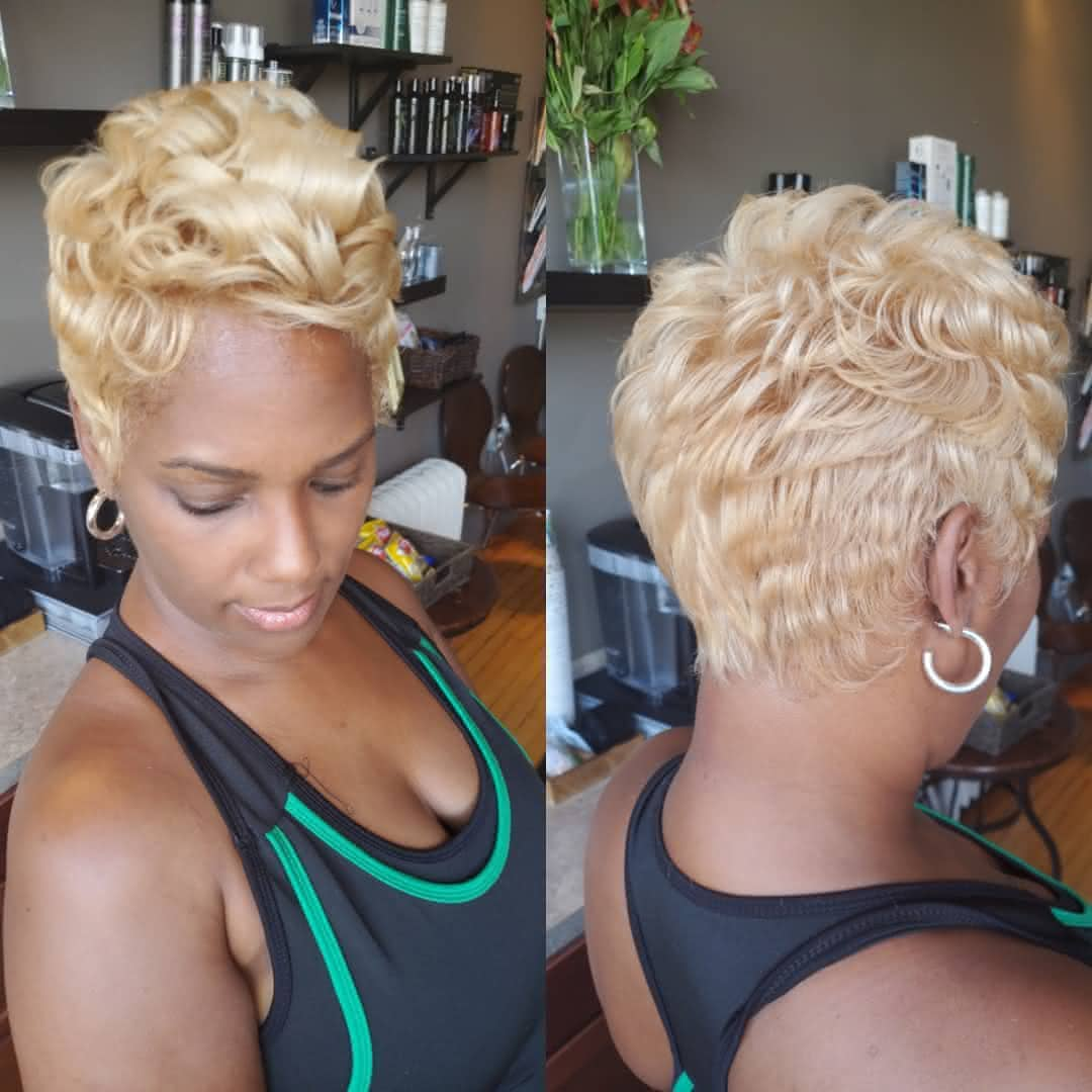Ideia de corte curto para cabelo ondulado 2020