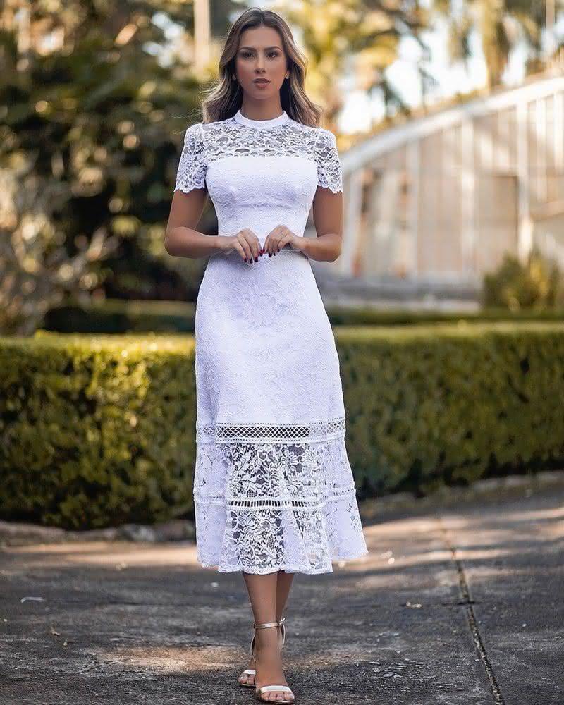 Vestido Evangélico jovem branco