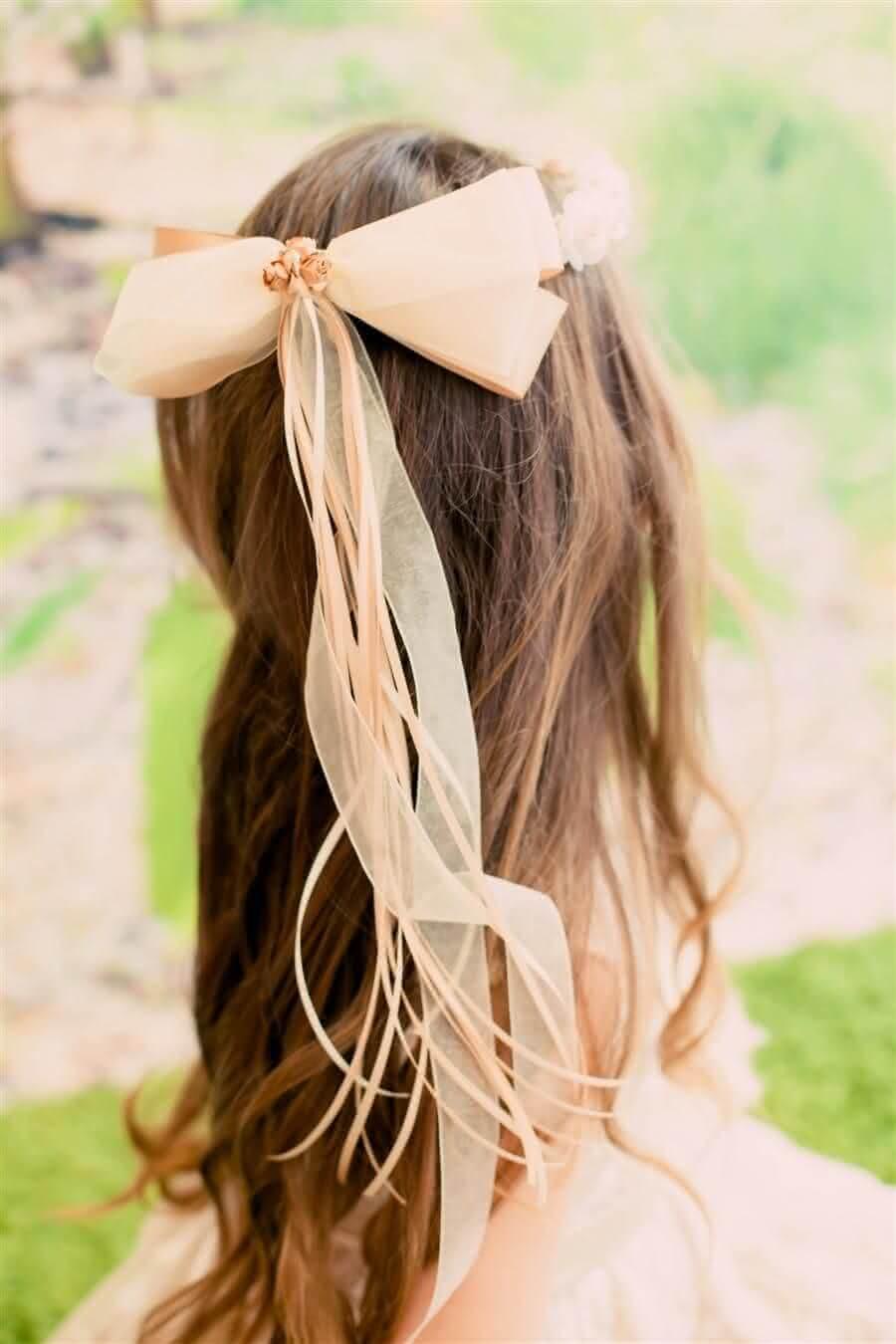 Penteado Infantil simples com laço